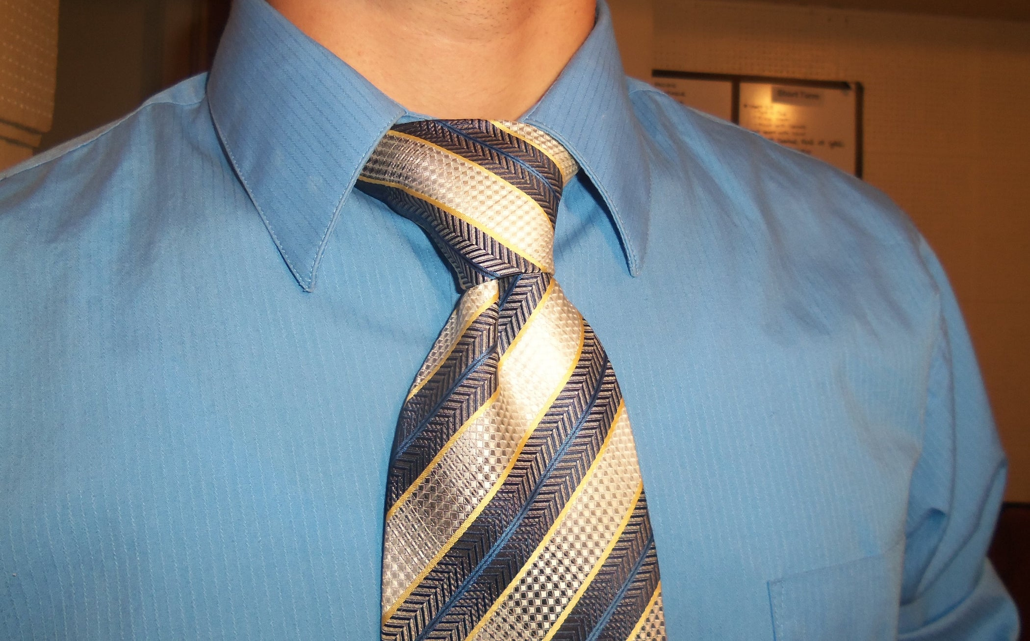 How To Tie A Windsor Knot 9 Steps With Pictures Tying