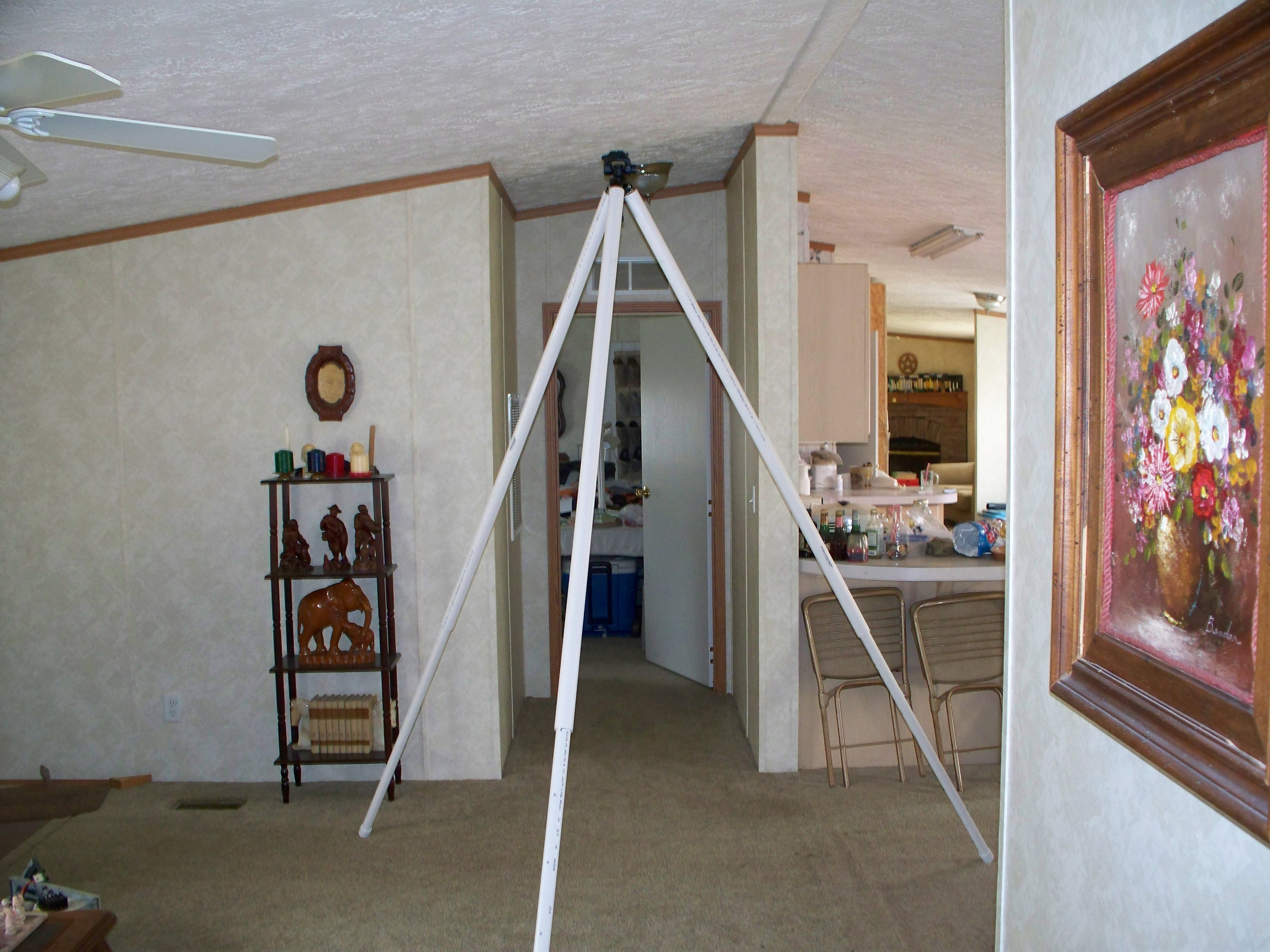 Picture of A Giant Camera Tripod on the Cheap