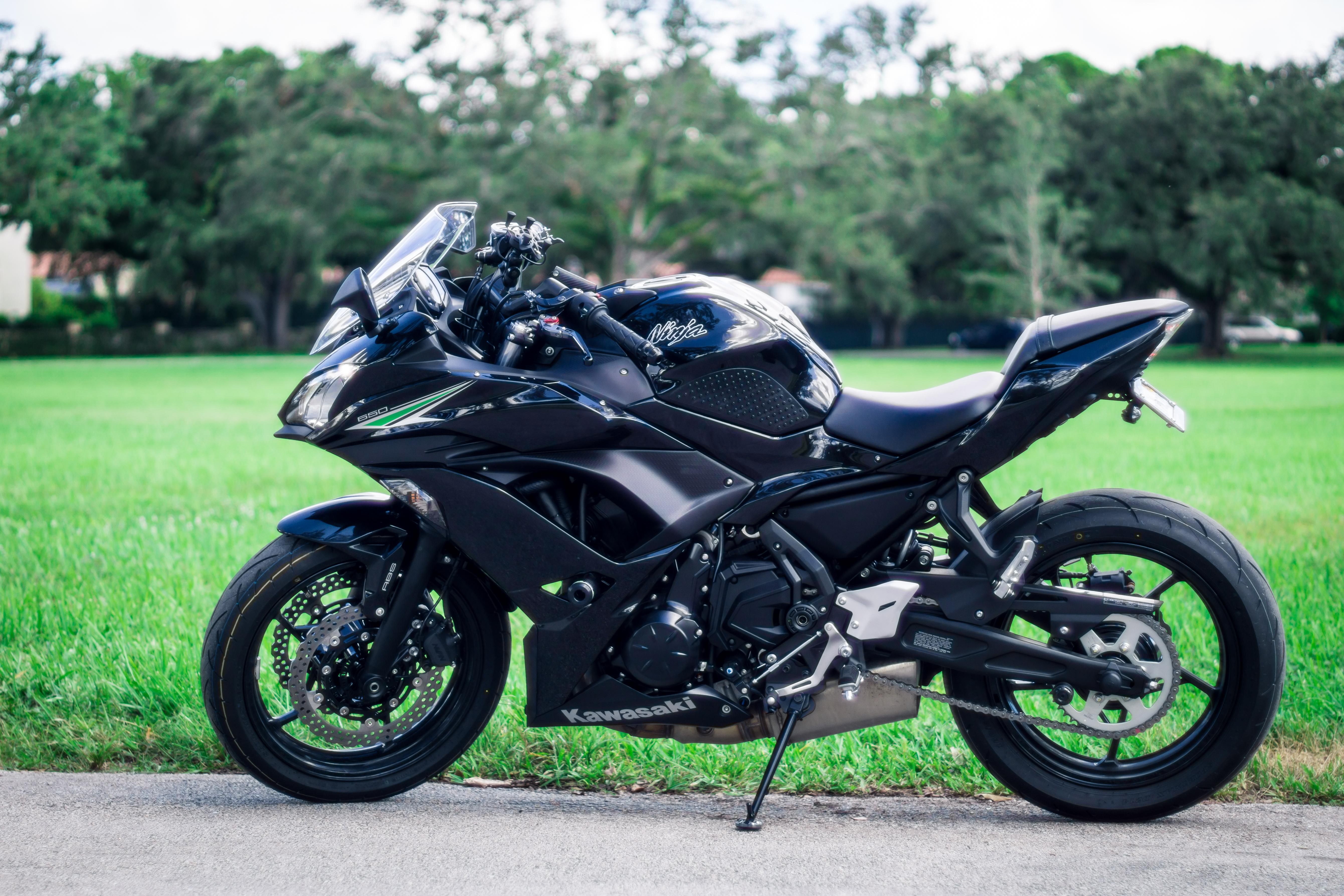 Picture of Sportbike Smartphone Ram Mount - 2017 Kawasaki Ninja 650 ABS