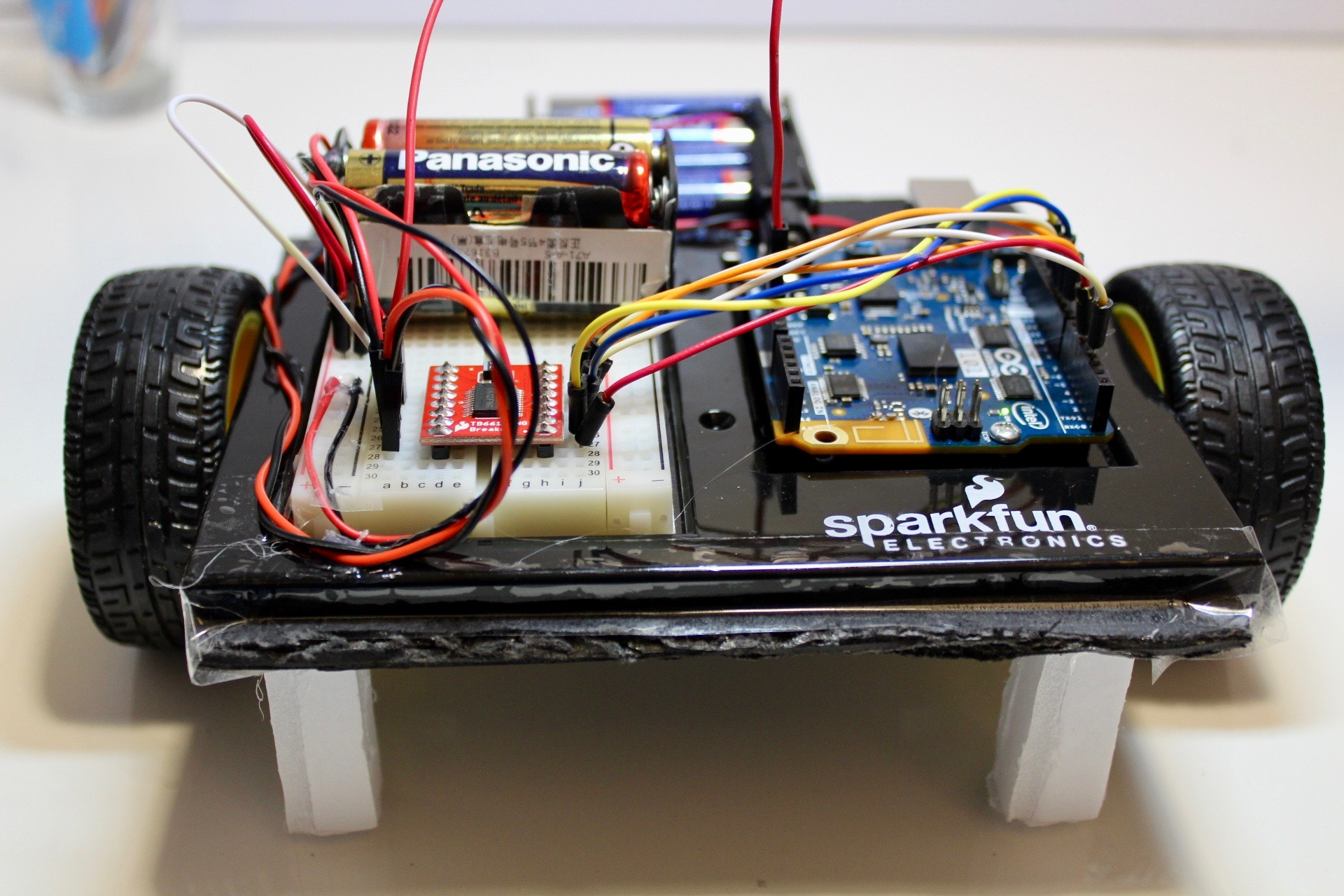 Picture of Sarah the Simplest Arduino Robot