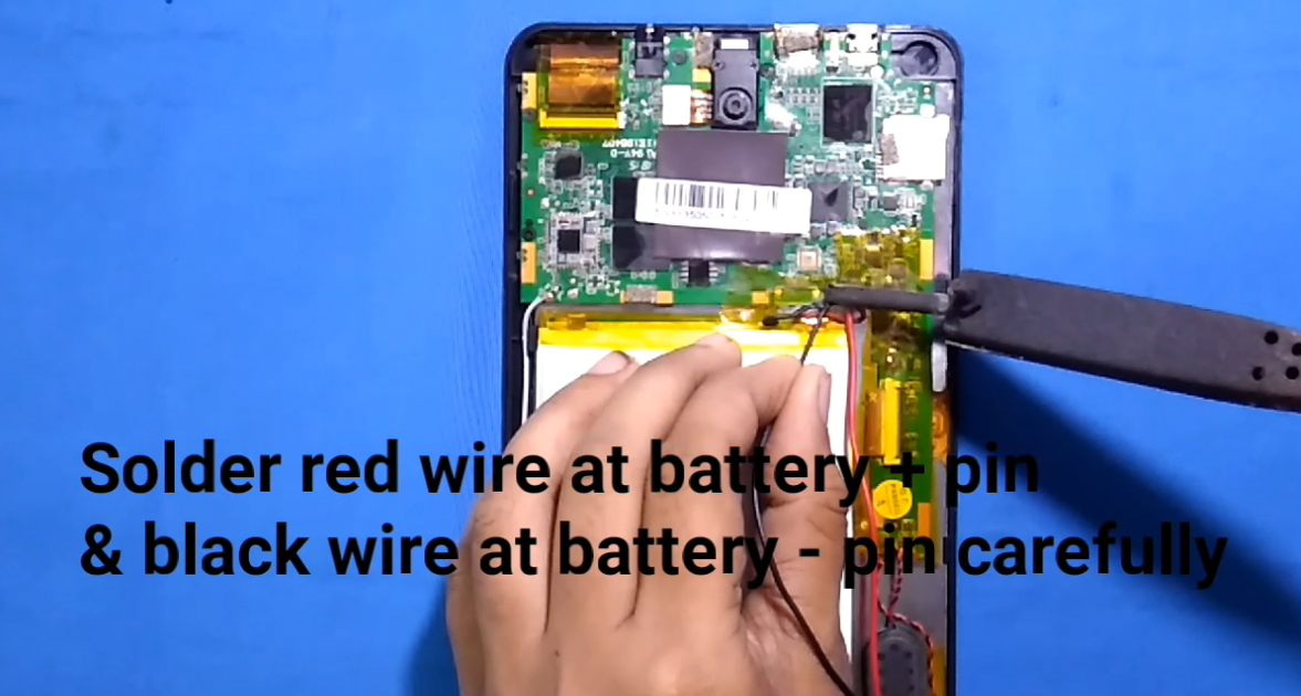 Picture of Pick Up Wire From Tablet