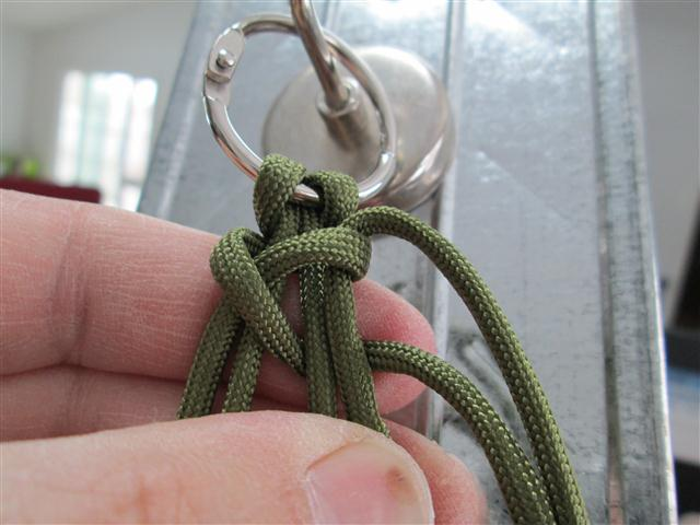Picture of Beginning of the Blaze Bar Knot