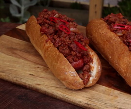 How to Cook Chili Dogs