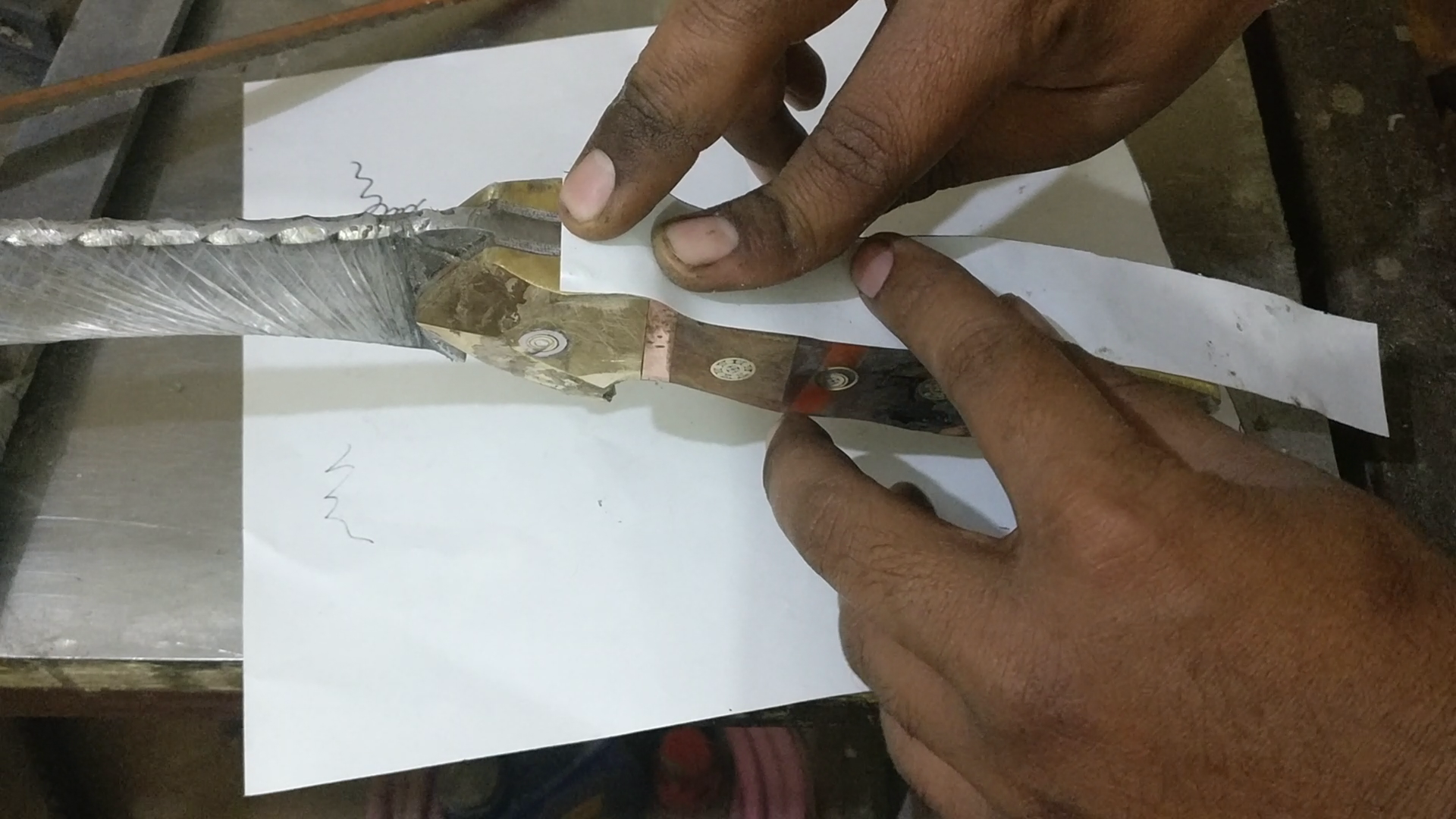 Picture of ​Shaping the Handle