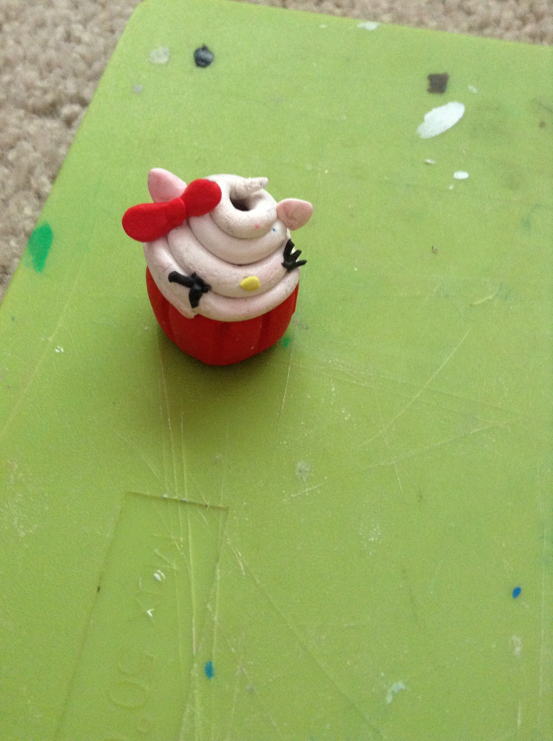 Picture of Hello Kitty Cupcake