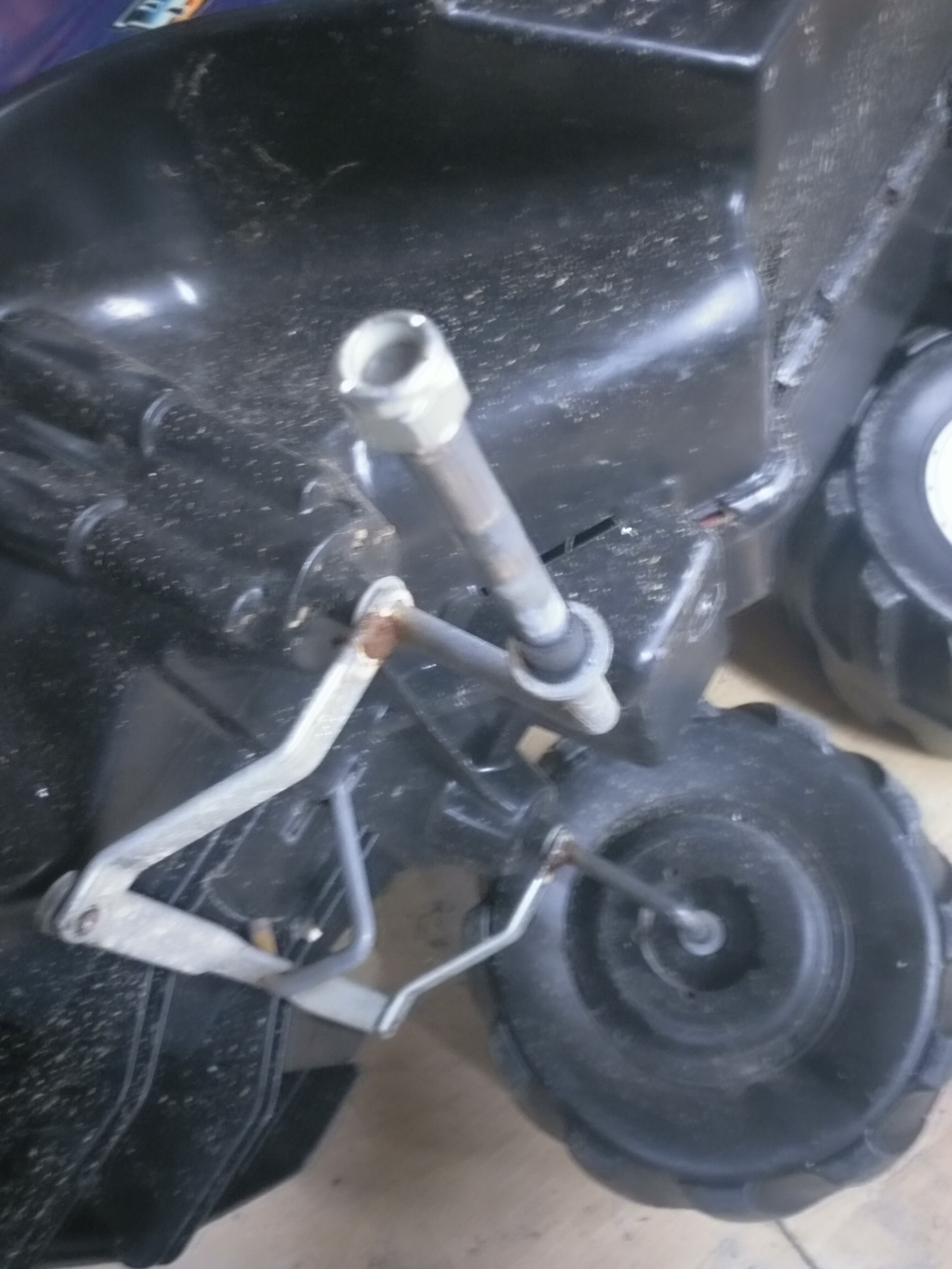 Picture of Work the Die Onto the Axle