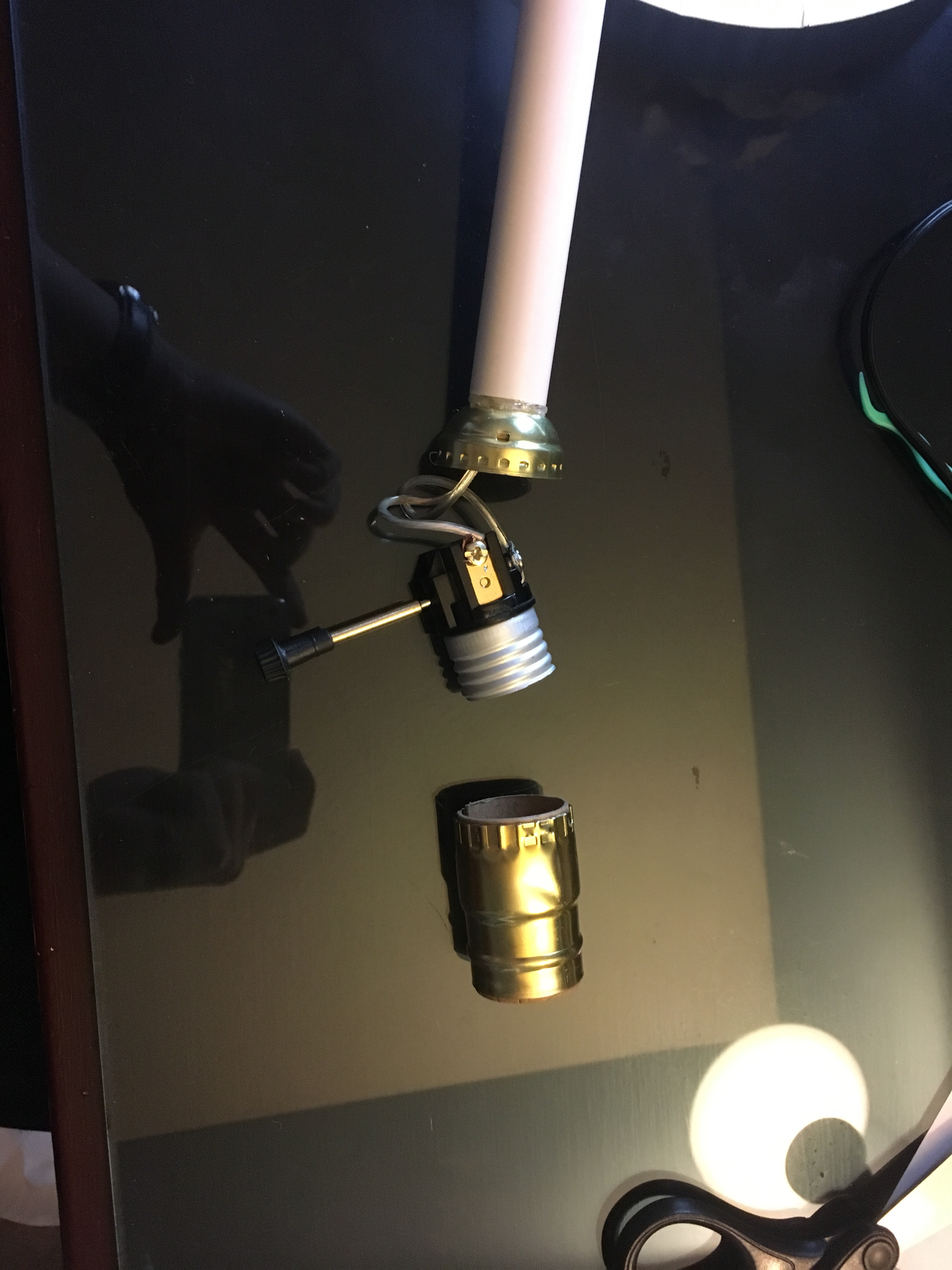 Picture of Wiring the Lamp