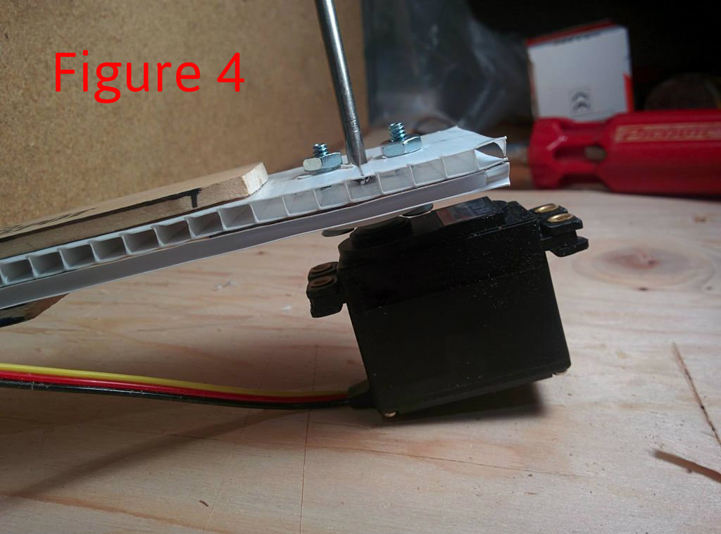 Picture of Prepare the Servos Horn