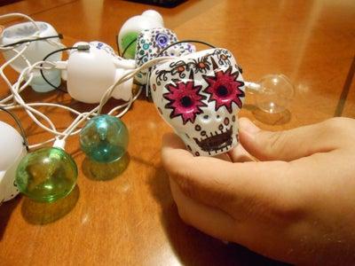 Stringing the Skulls.