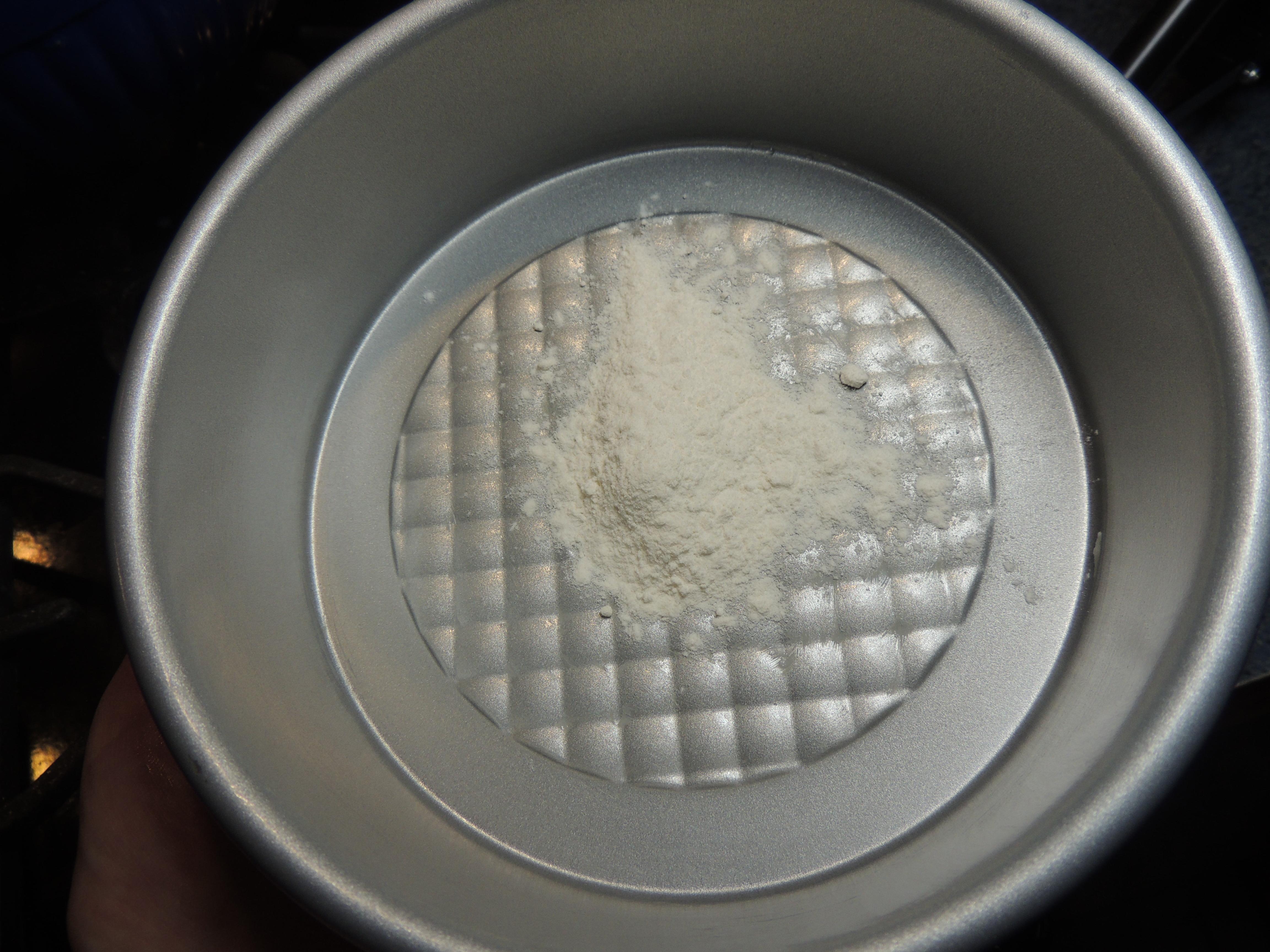 Picture of Prepare the Cake Mold