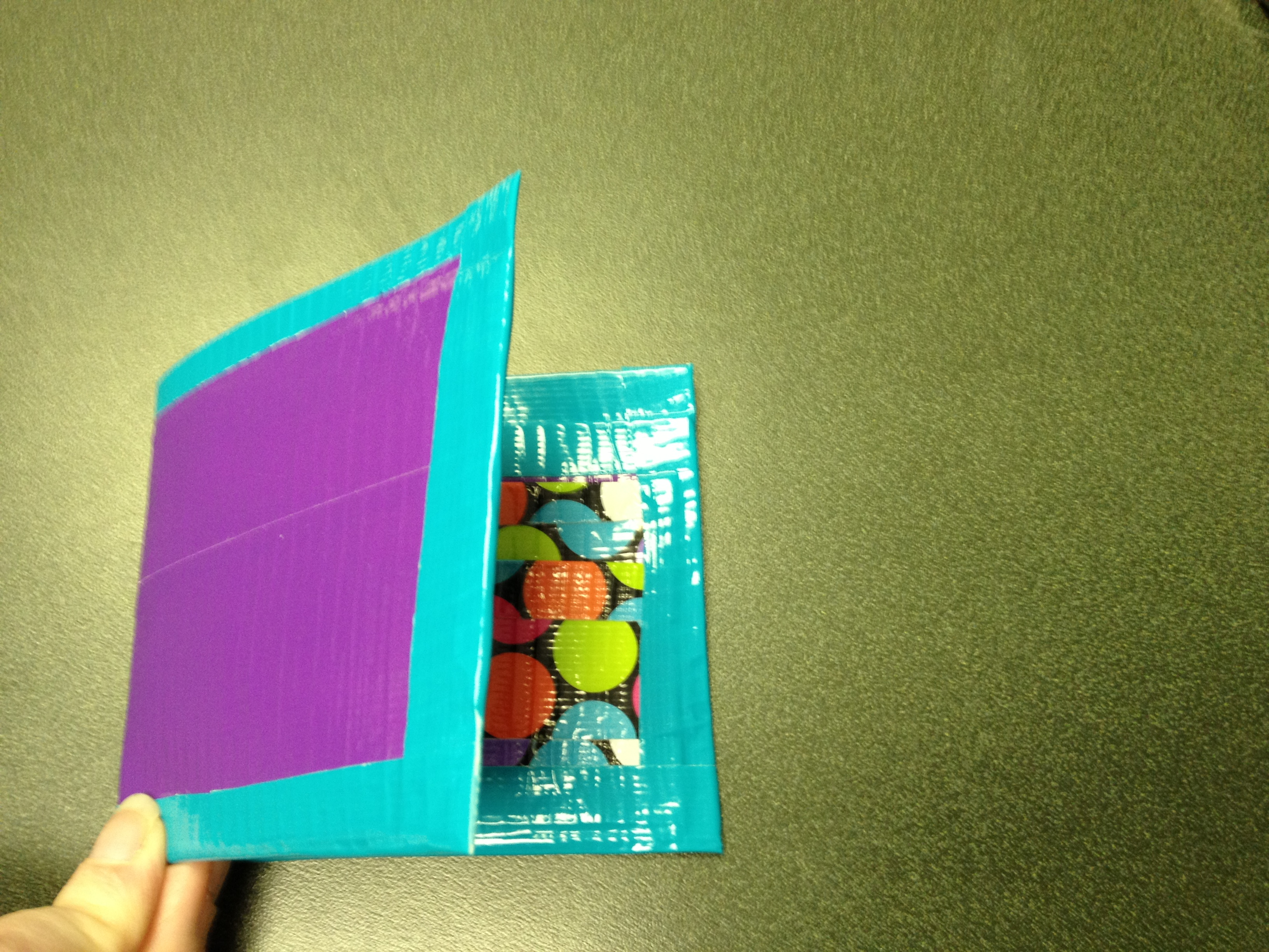 Picture of Easy Duct Tape Wallet