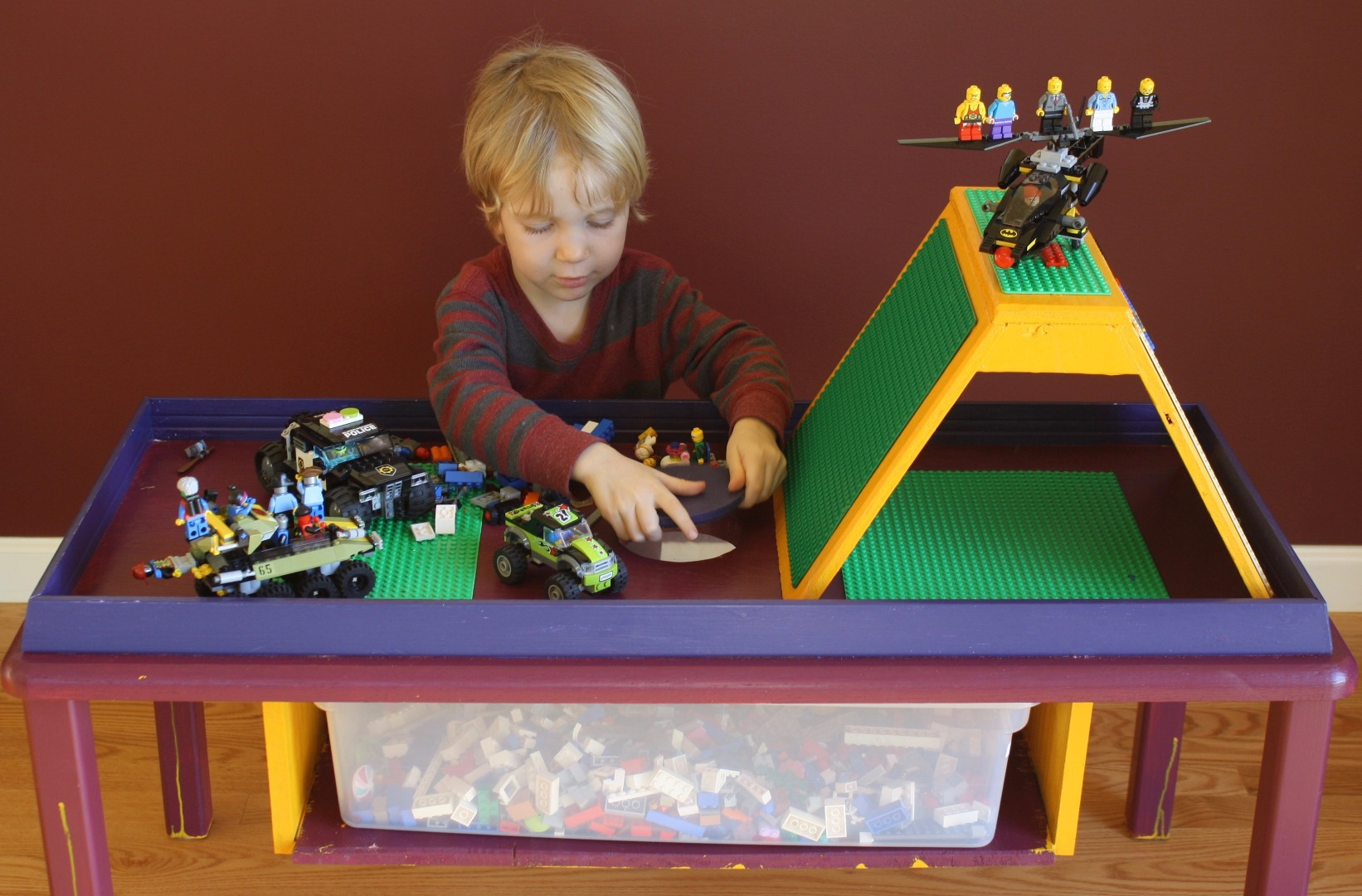 Picture of LEGO Table With Integrated Parts Bin