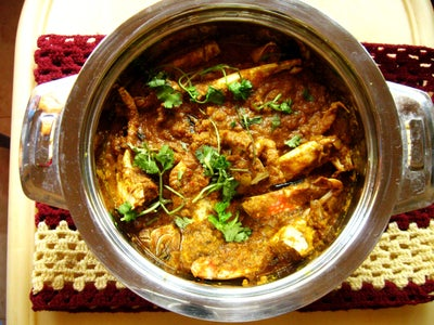 How to Cook Spicy Crab Curry