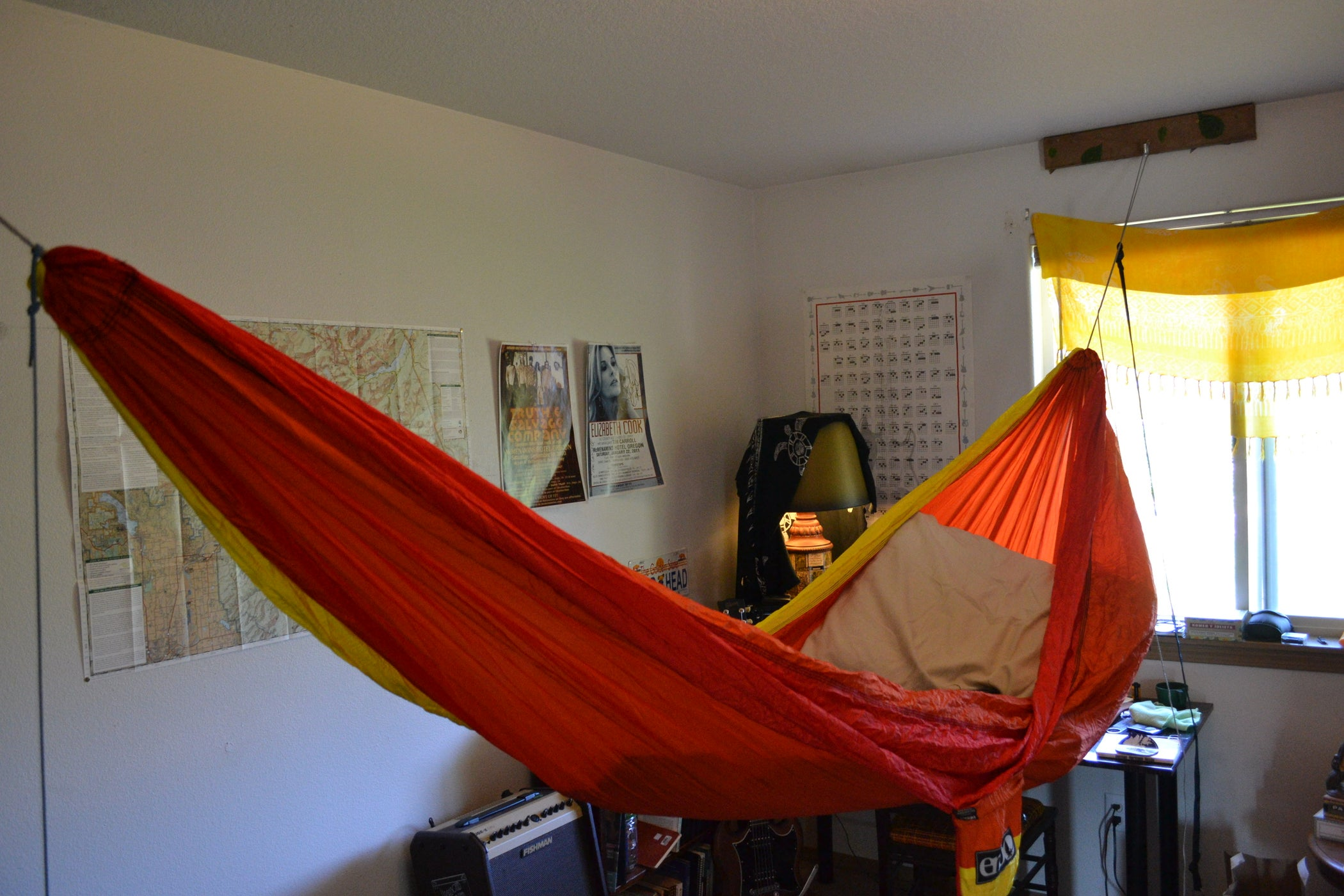 Hang Your Hammock Indoors 6 Steps with