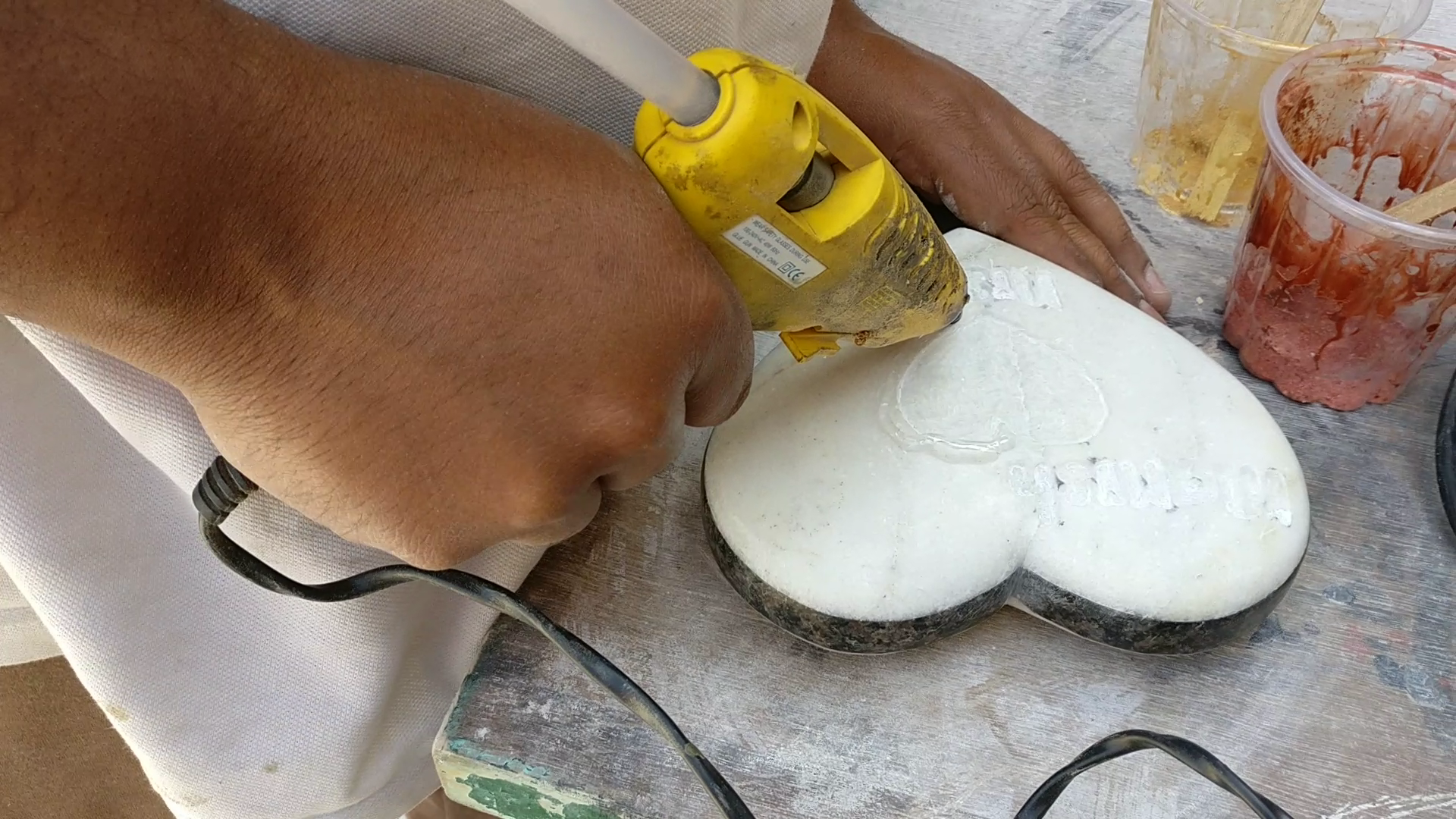 Picture of Filling the Cavity With Resin