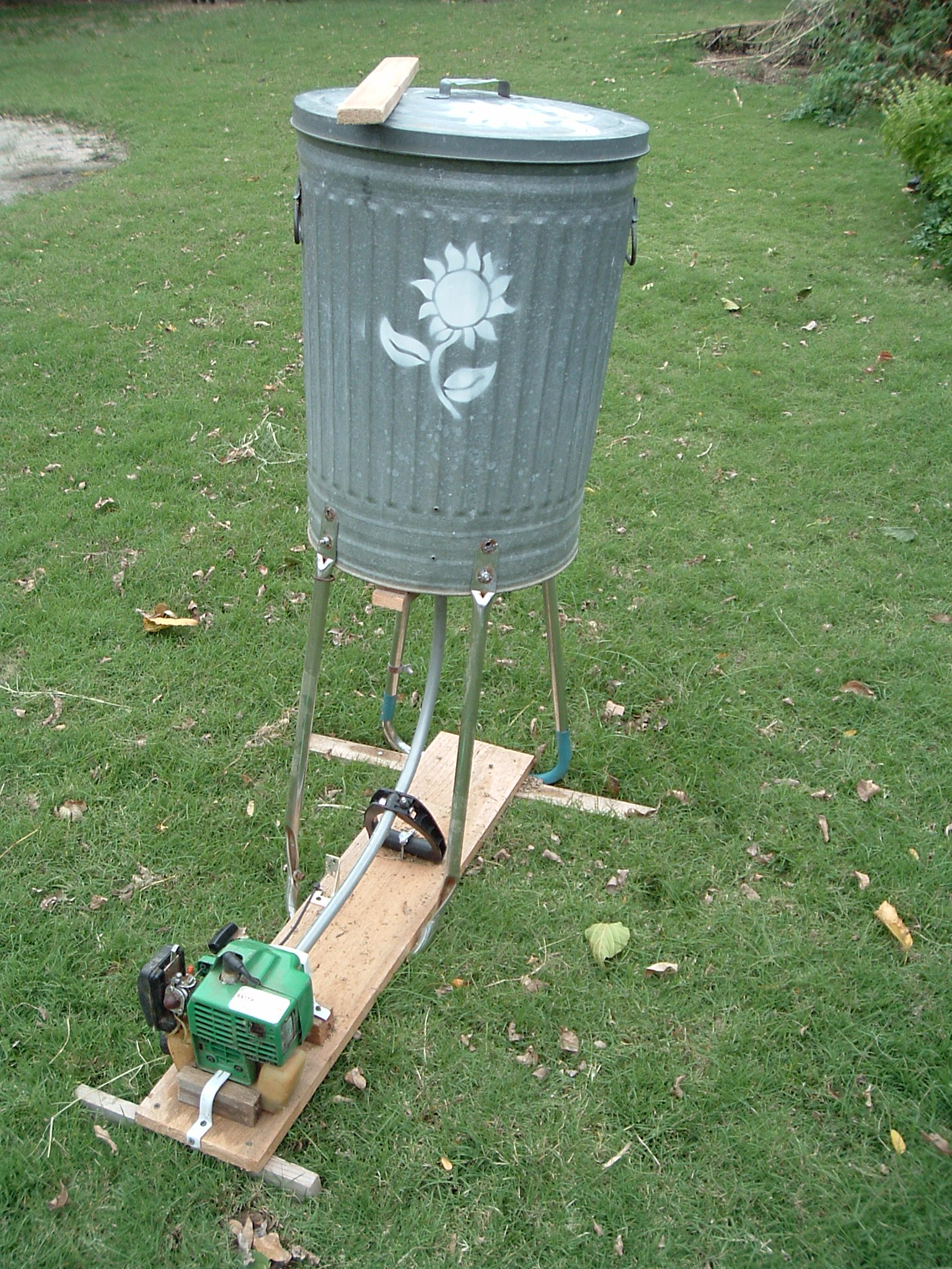 Picture of Gas Powered Shredder / Wildflower Seed Thresher