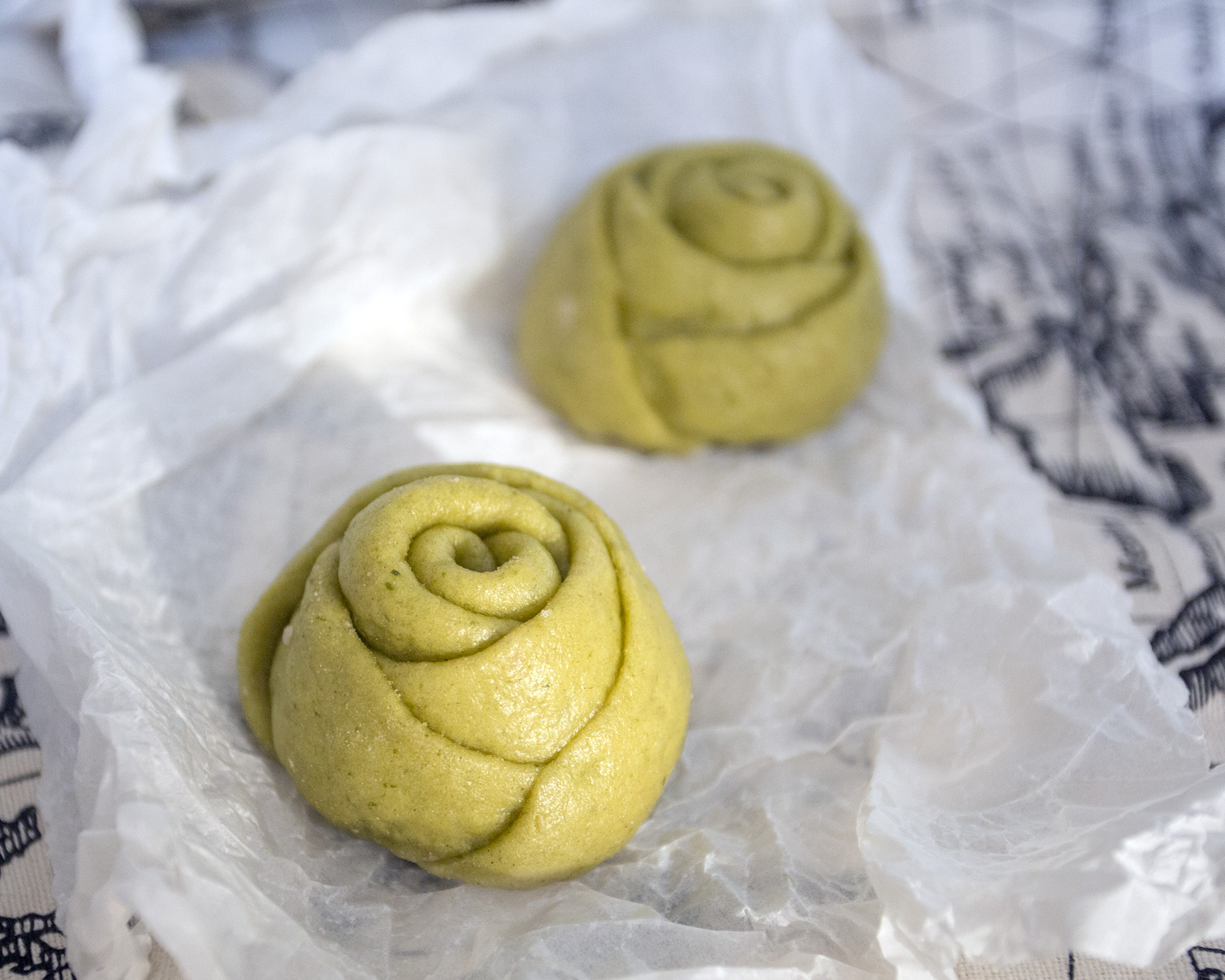 Picture of Colored Rose Steamed Bread
