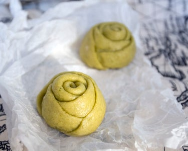 Colored Rose Steamed Bread