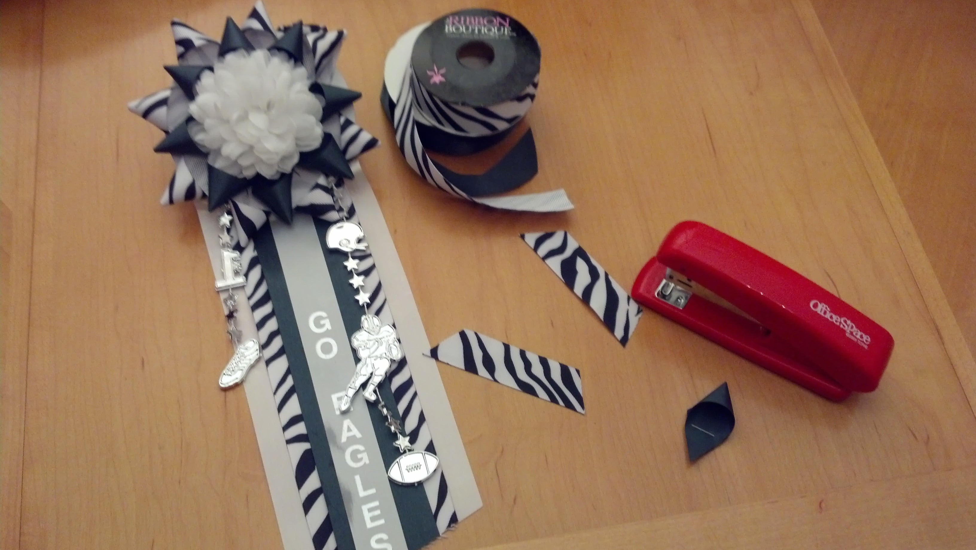 Cheerleading Homecoming Mums Instructables