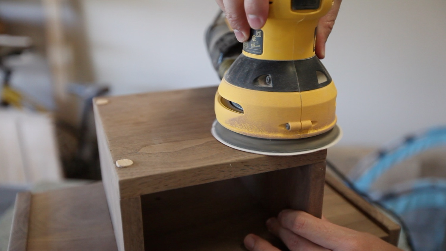 Picture of GLUING PLUGS