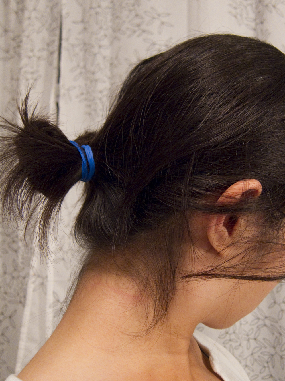 Picture of Emergency Laboratory Hair Tie