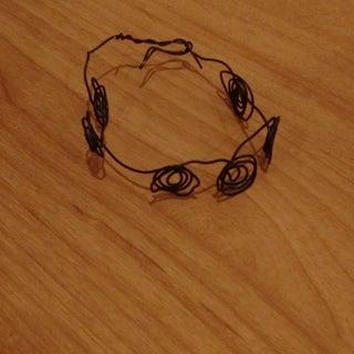 DIY Swirly Wire Bracelet