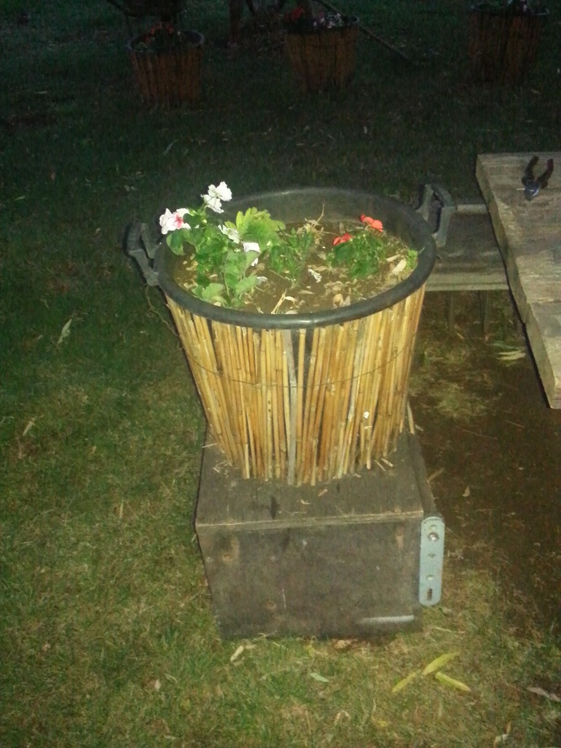Picture of Step 2 : Building the Flowerpot