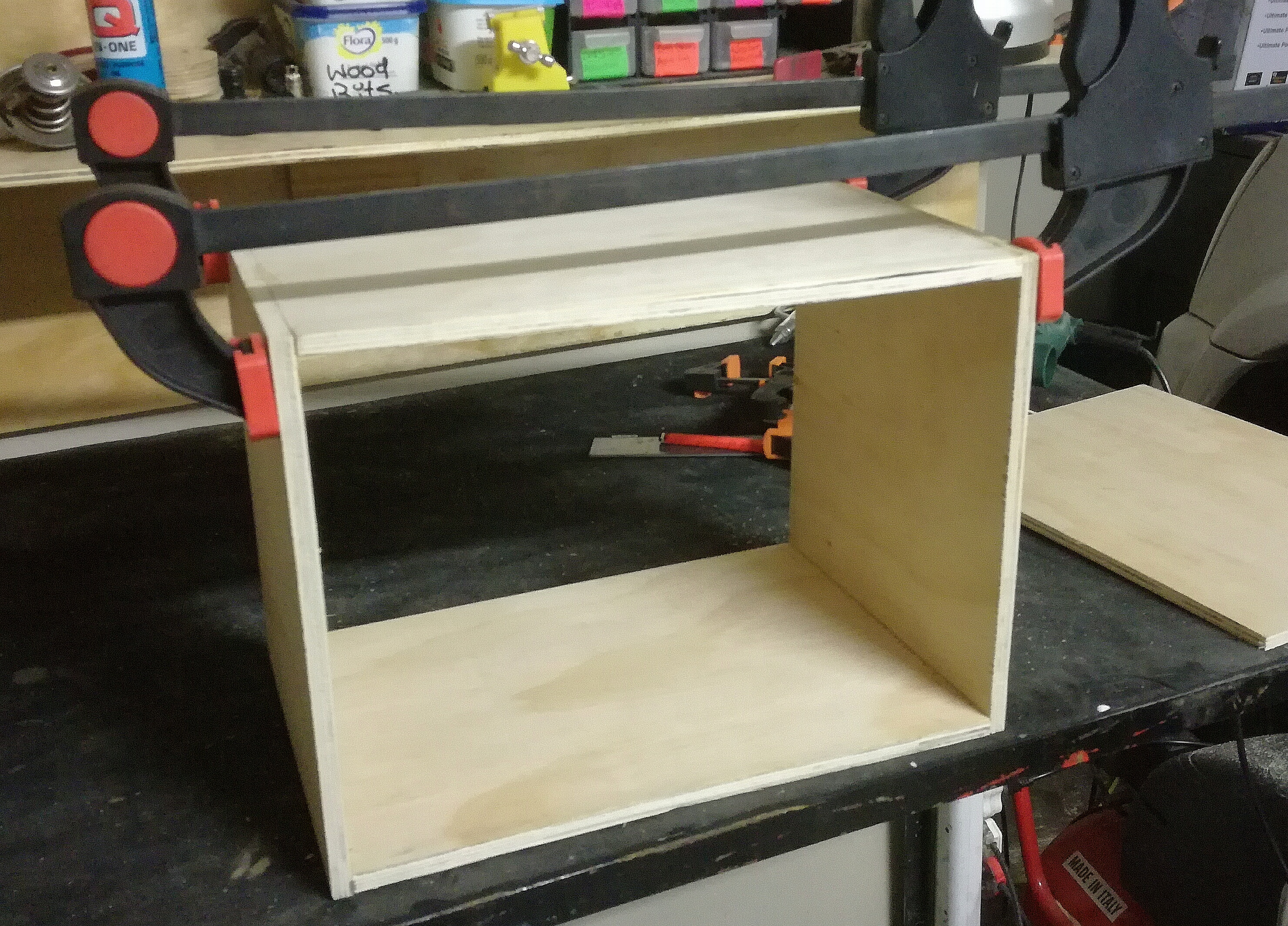 Picture of Gluing & Clamping