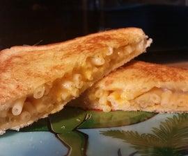 Grilled Mac N Cheese Sandwich
