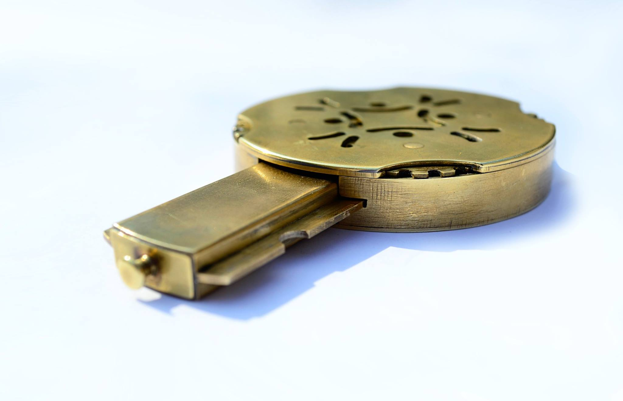Picture of Cryptex Type_c. Flash Drive With Secret Mechanical Lock