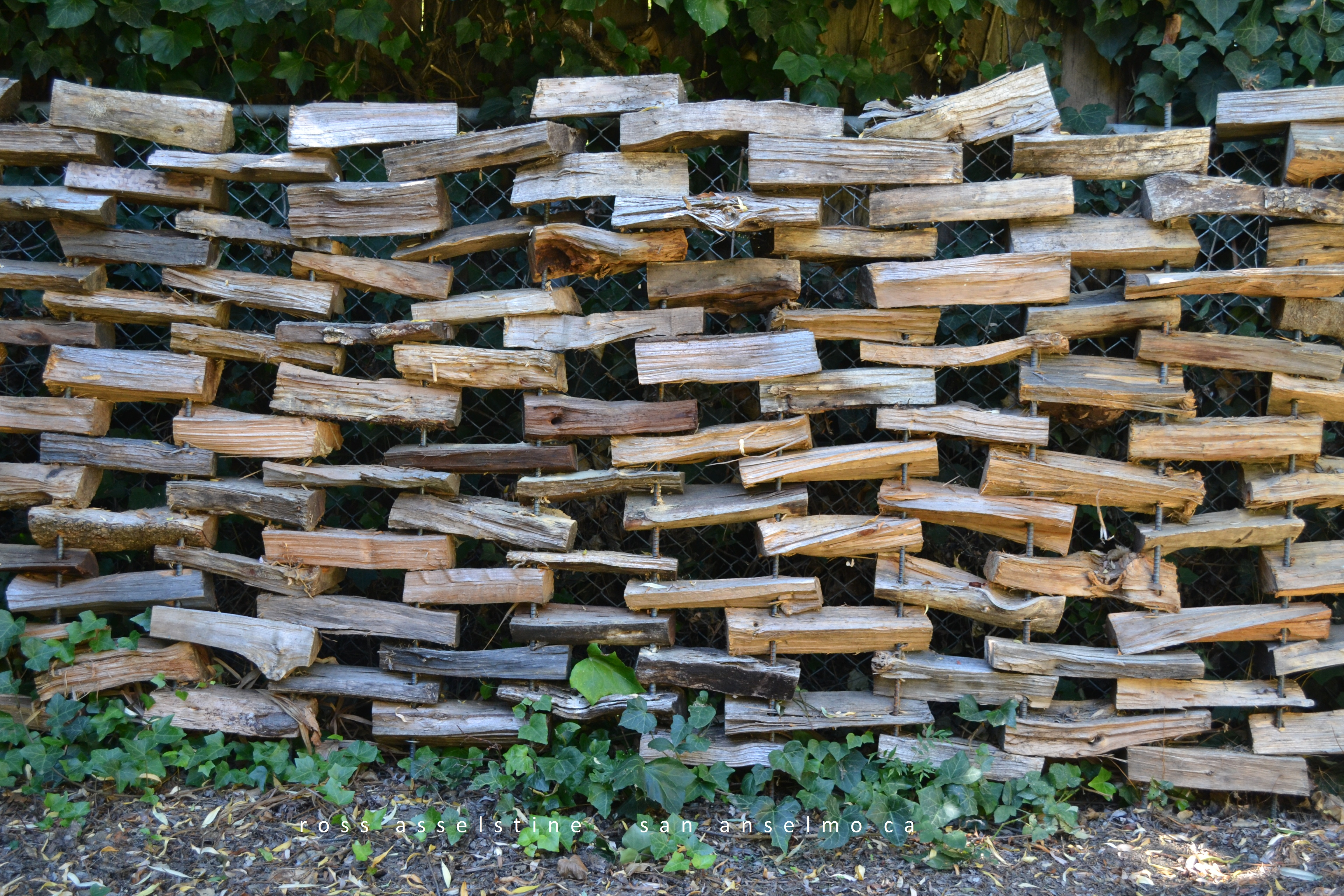 Picture of How to Build a Firewood Fence