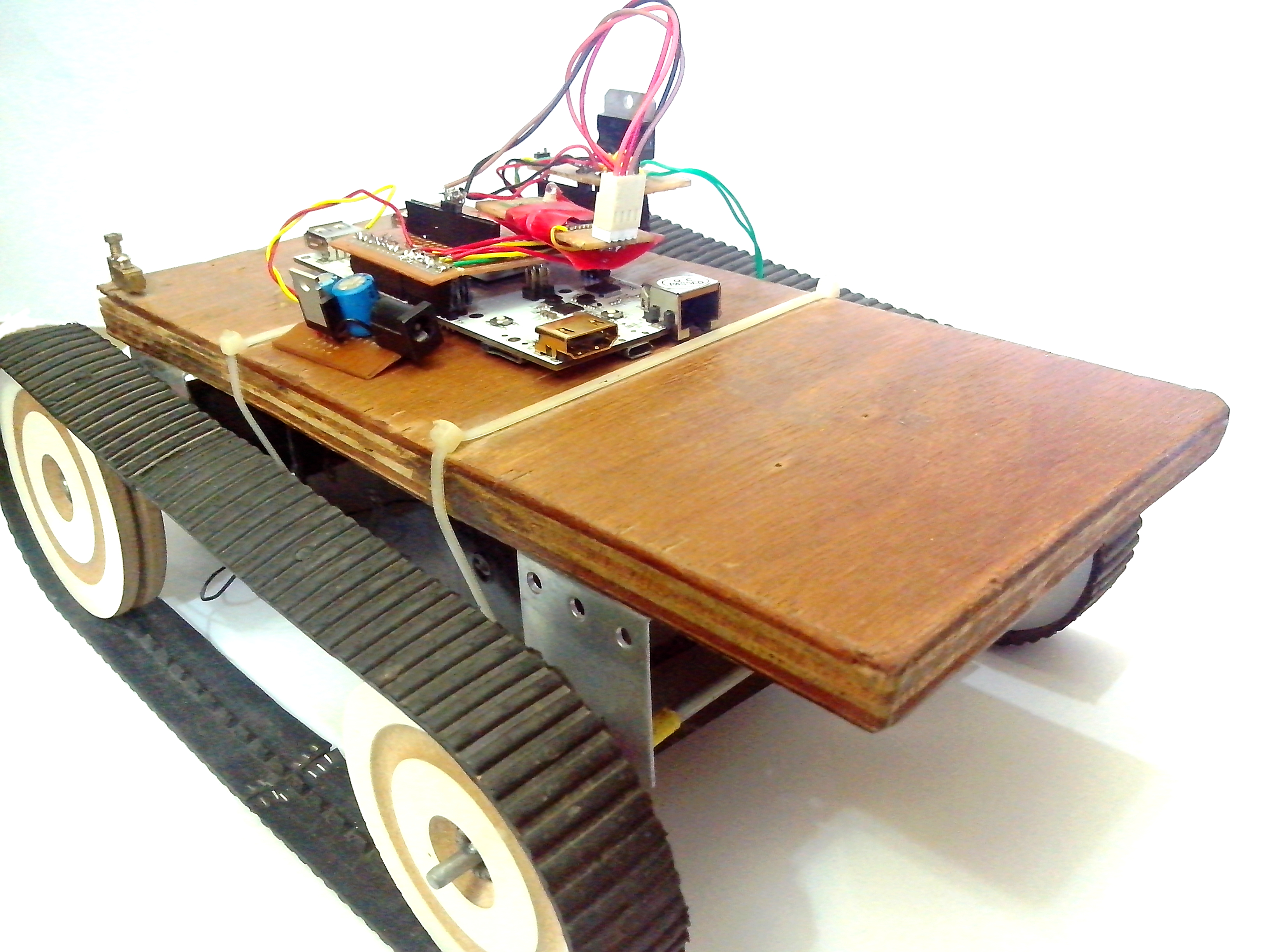 Picture of PCDUINO Robot
