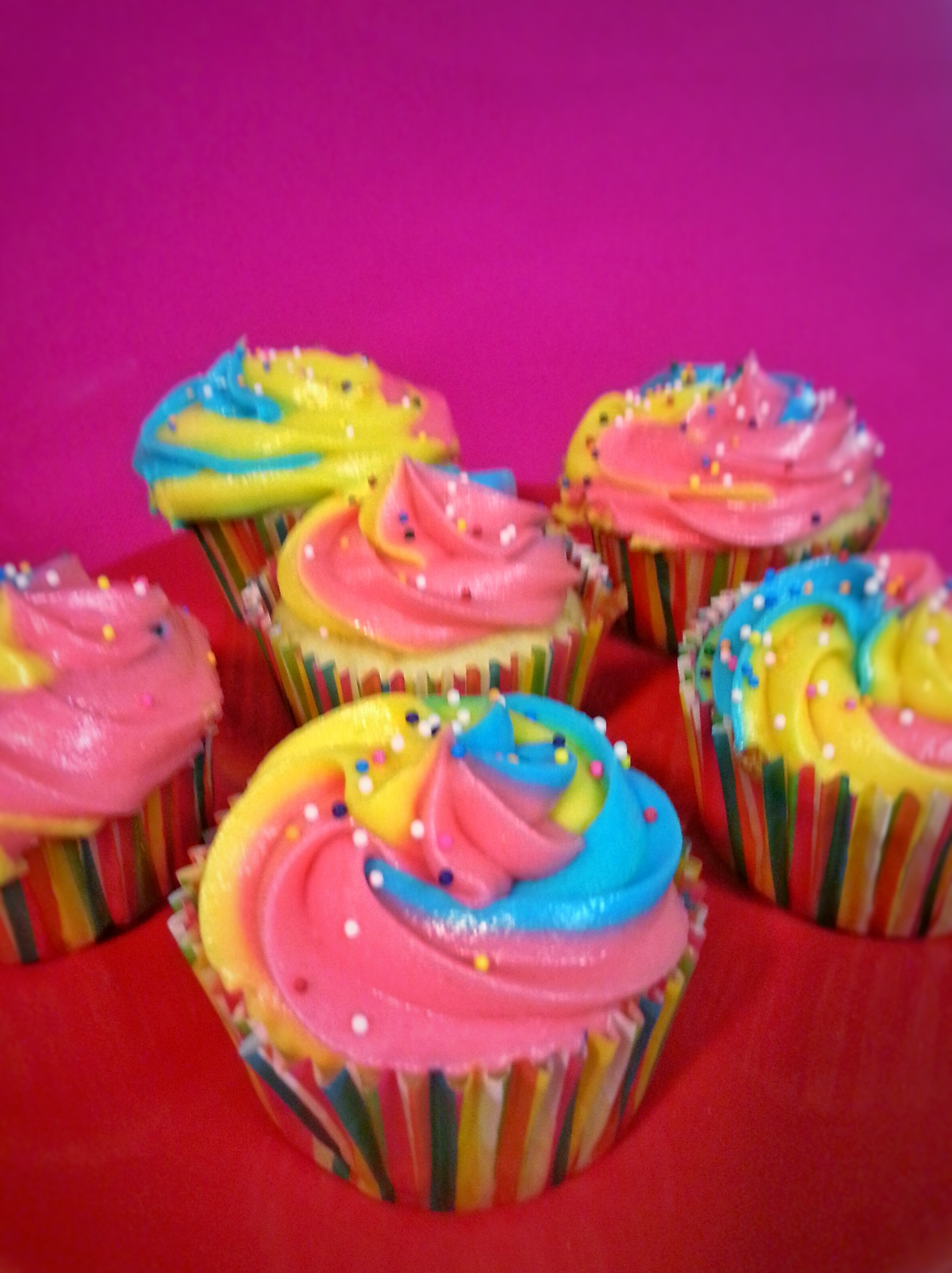 Picture of Rainbow Swirl Icing