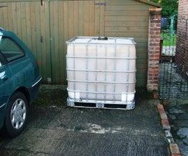 Cladding a 1000 ltr/250 gallon IBC water tank