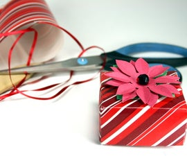 """Make a Holiday Gift Box and """"Bow"""" for Cheap"""