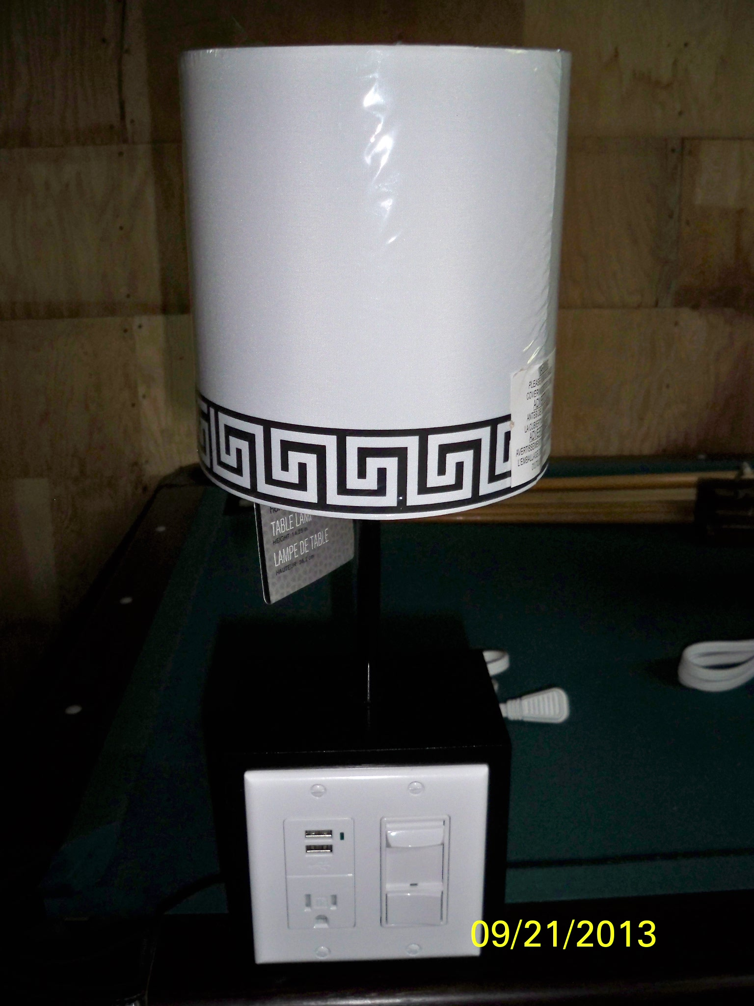 Picture of Dimmable Lamp With Usb Charger