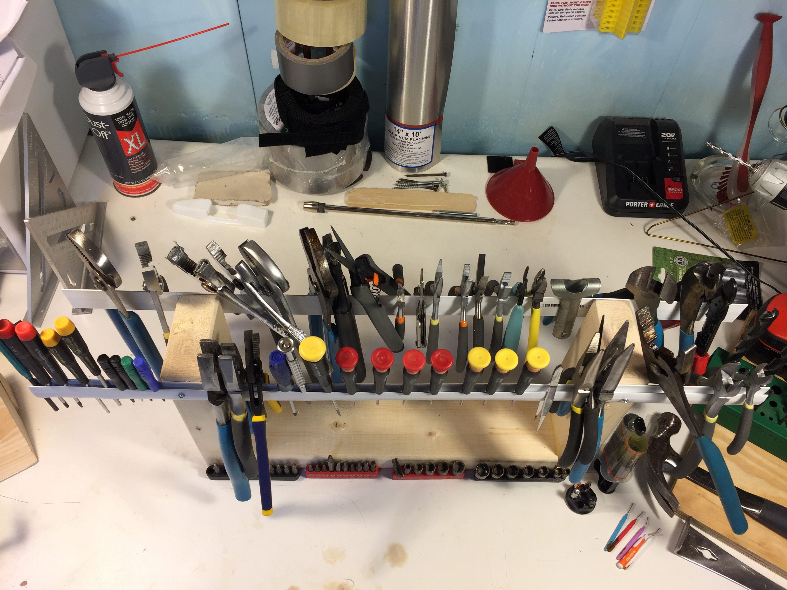 Picture of Quick Cheap Versatile Hand Tool Holder
