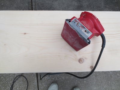 Sanding,priming and Adding Side Boards