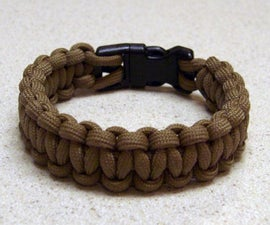 Paracord Bracelet with a Side Release Buckle