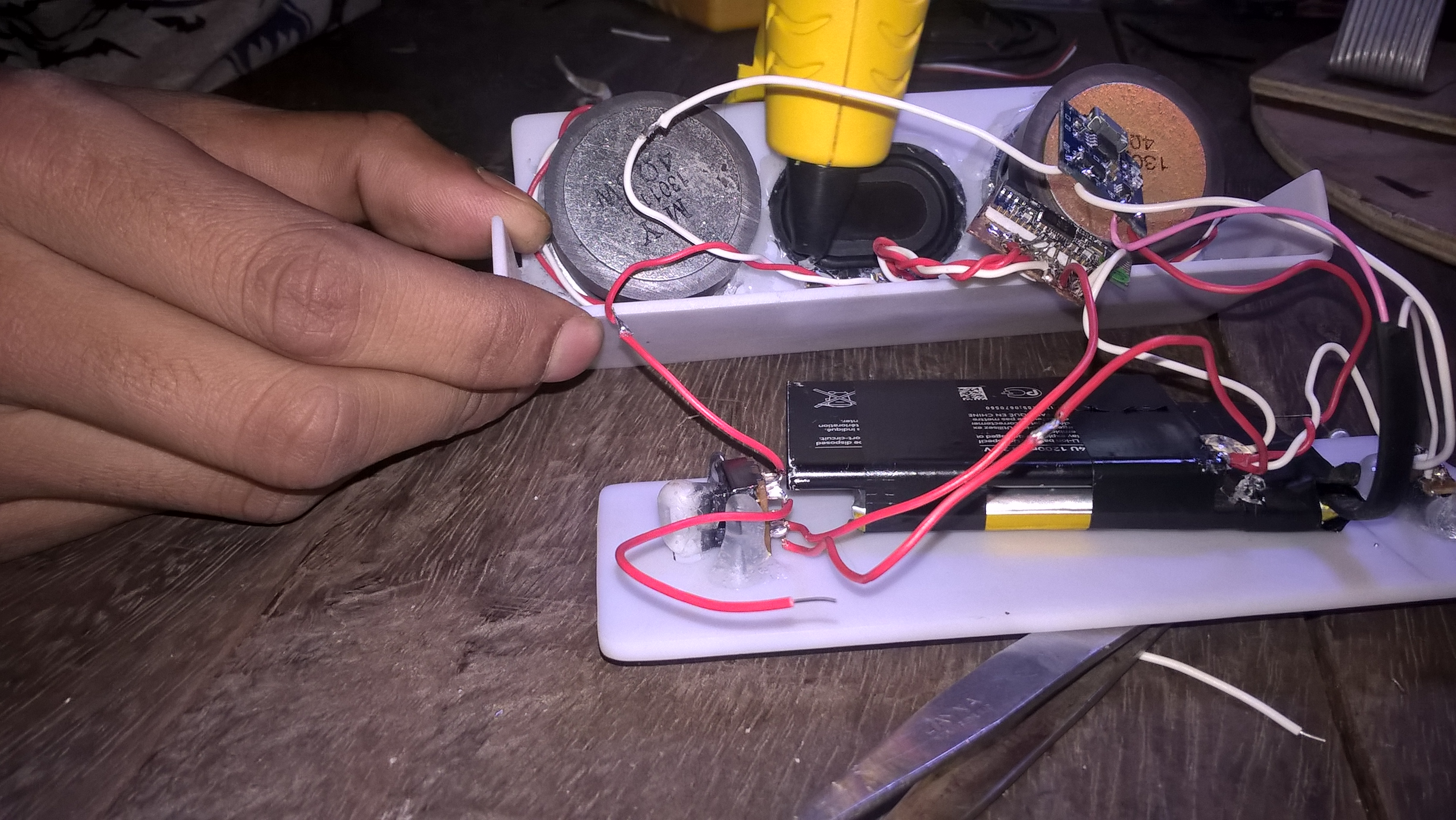 Picture of Making the Complete Circuit