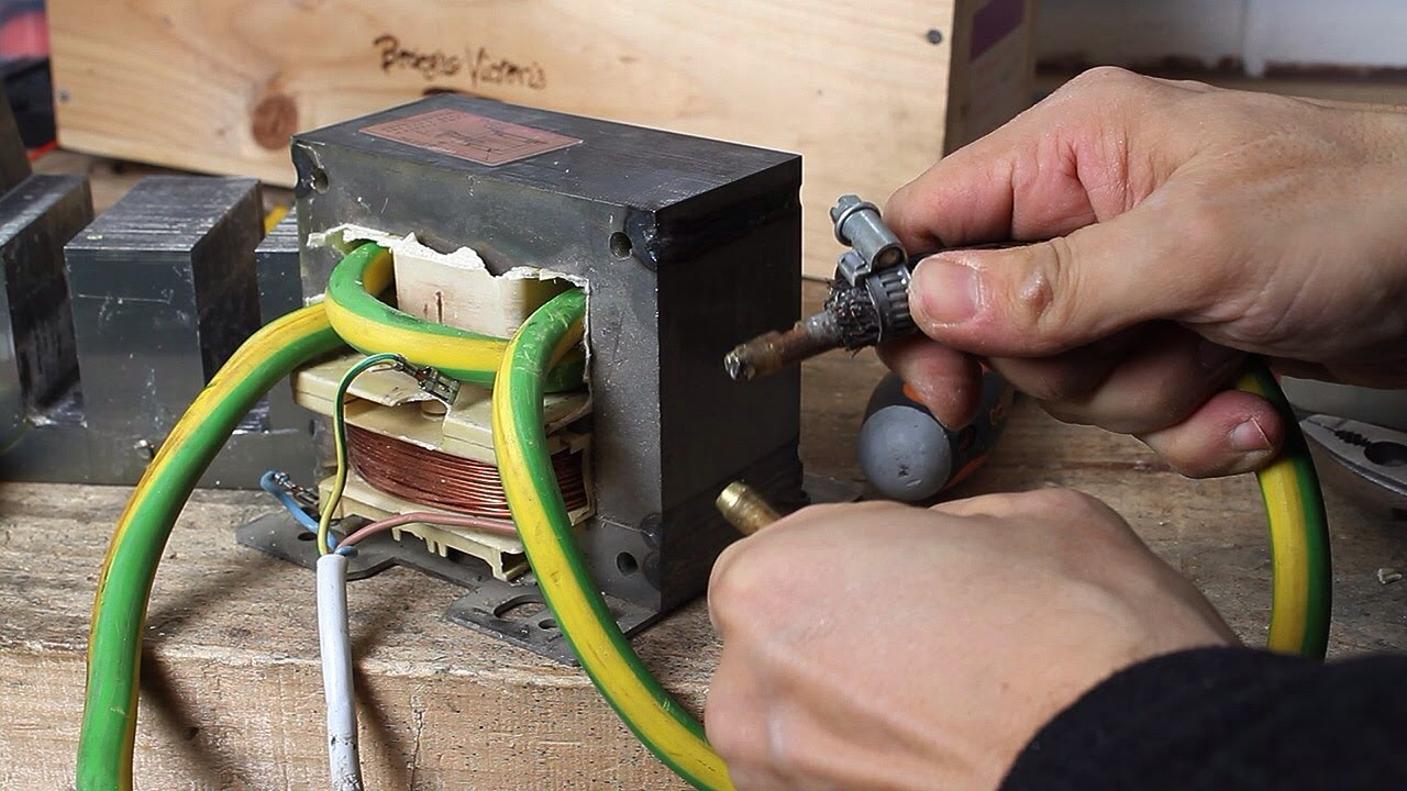 Picture of How to Build a Simple ARC Welder.