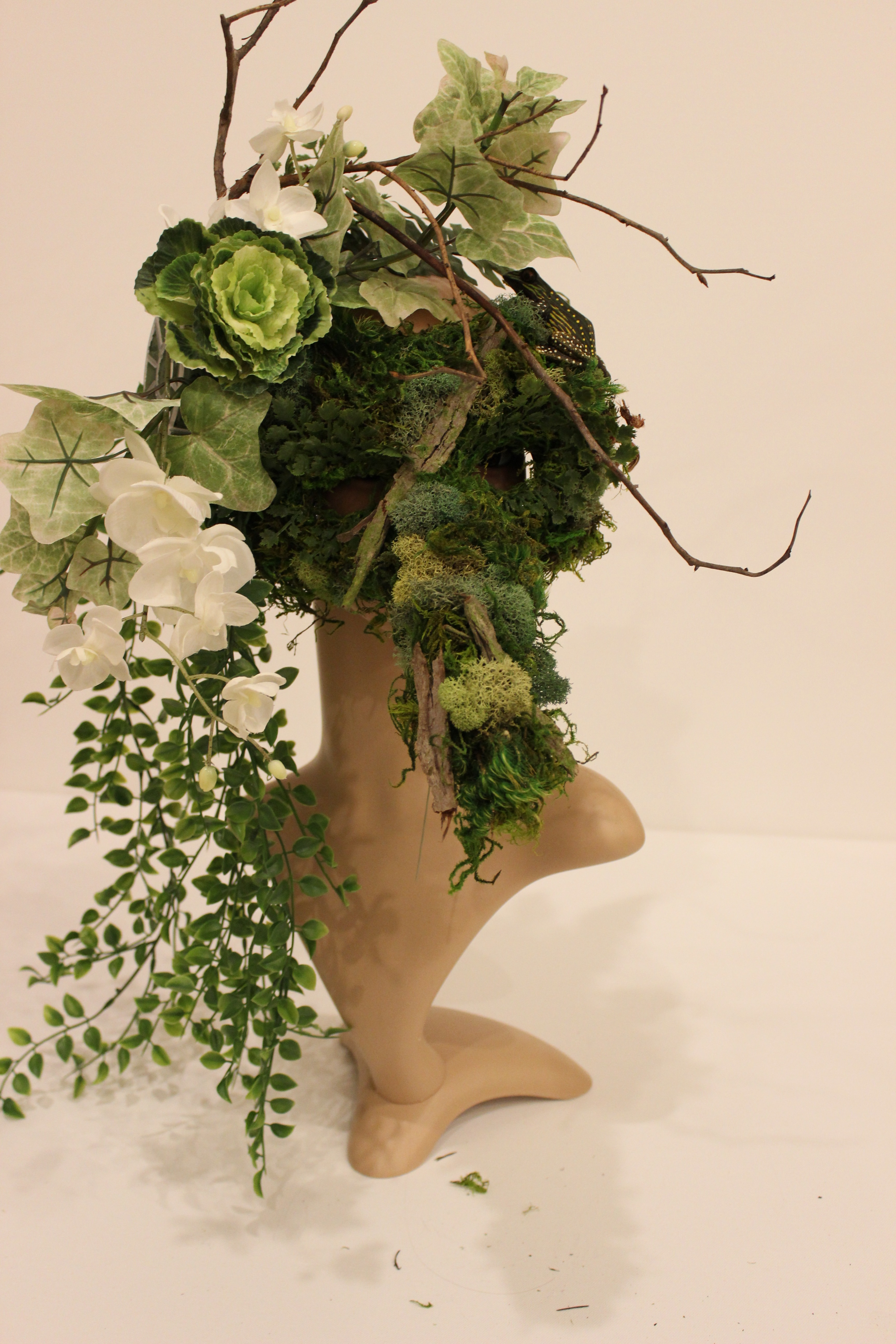Picture of Side Floral Bouquet