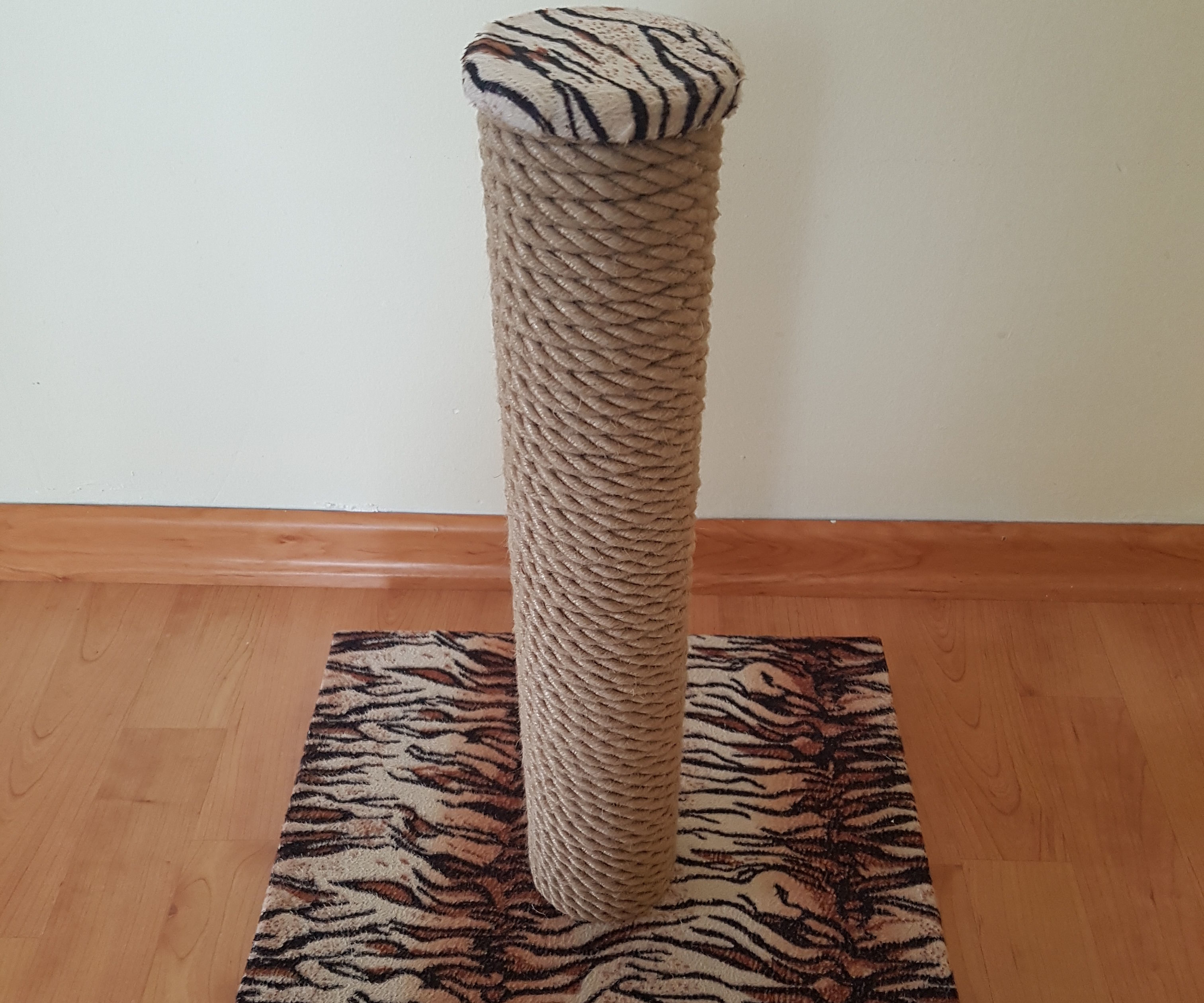 Diy Cat Scratching Post 4 Steps With Pictures