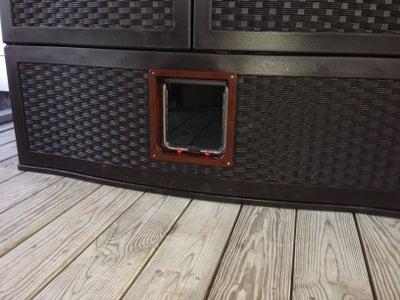 The Exterior Cat Door