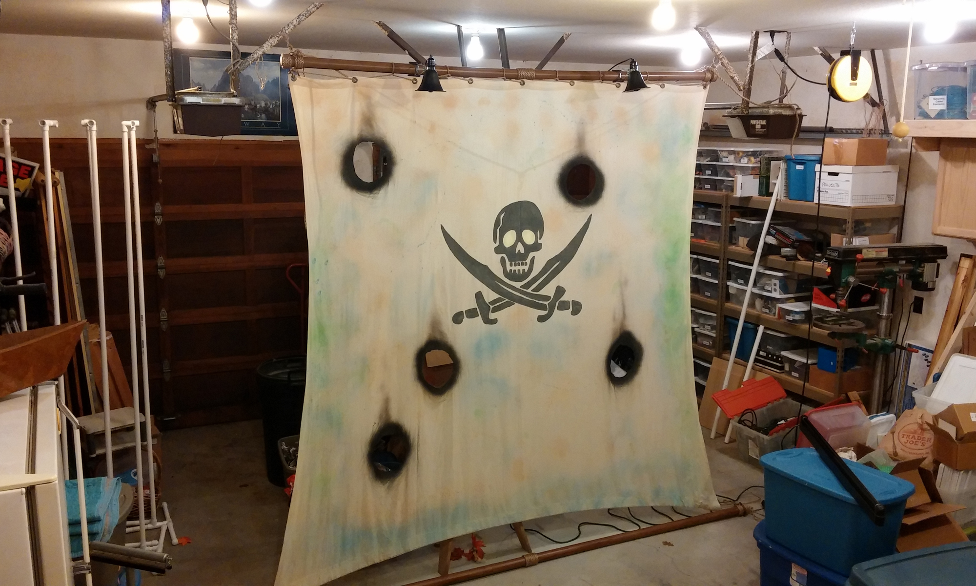 """Picture of Halloween """"Pirate of the Caribbean"""" Sail"""