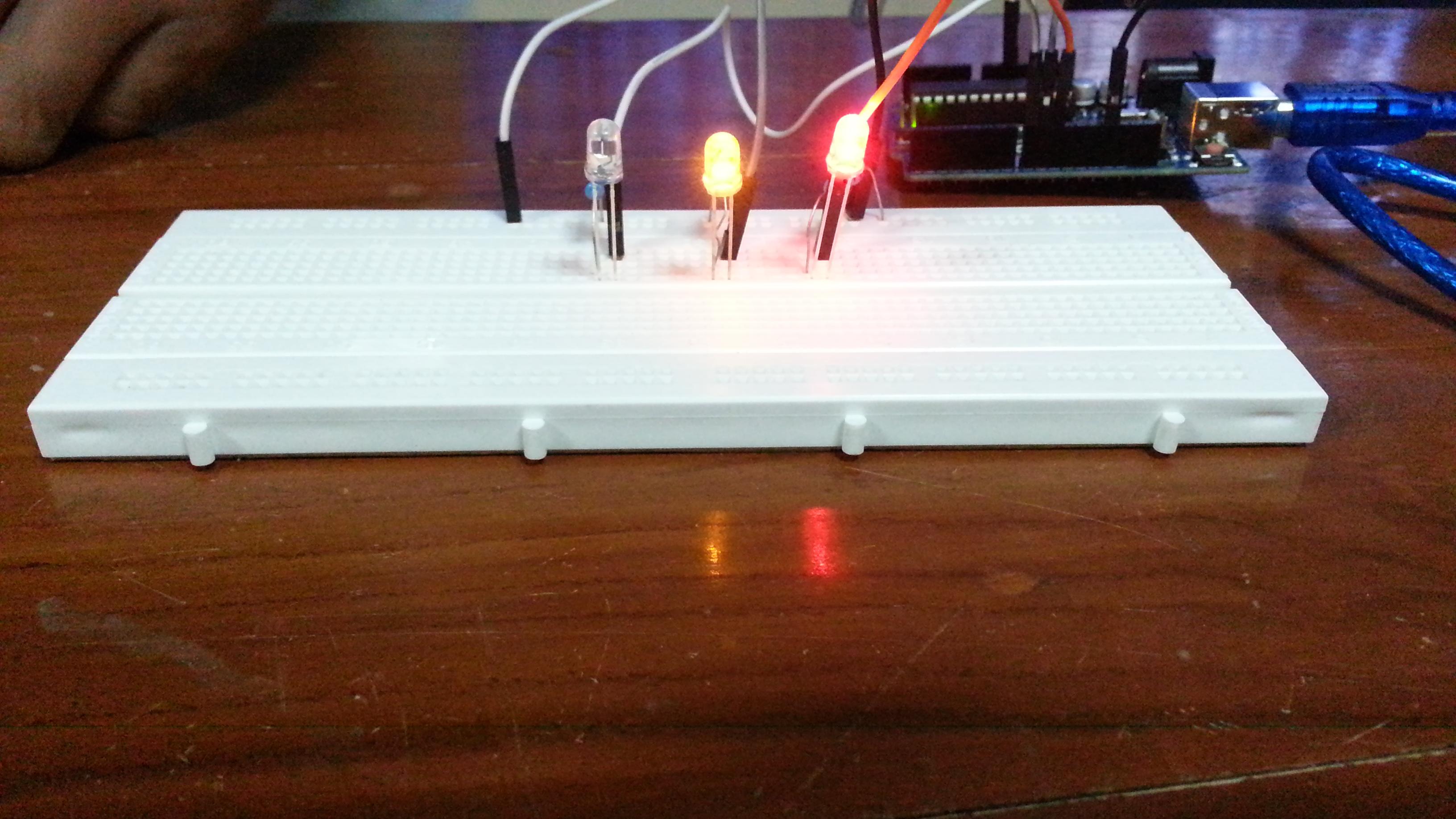 Picture of Mini Traffic Light Arduino