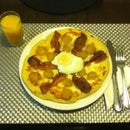 THE ULTIMATE BREAKFAST PIZZA!!!