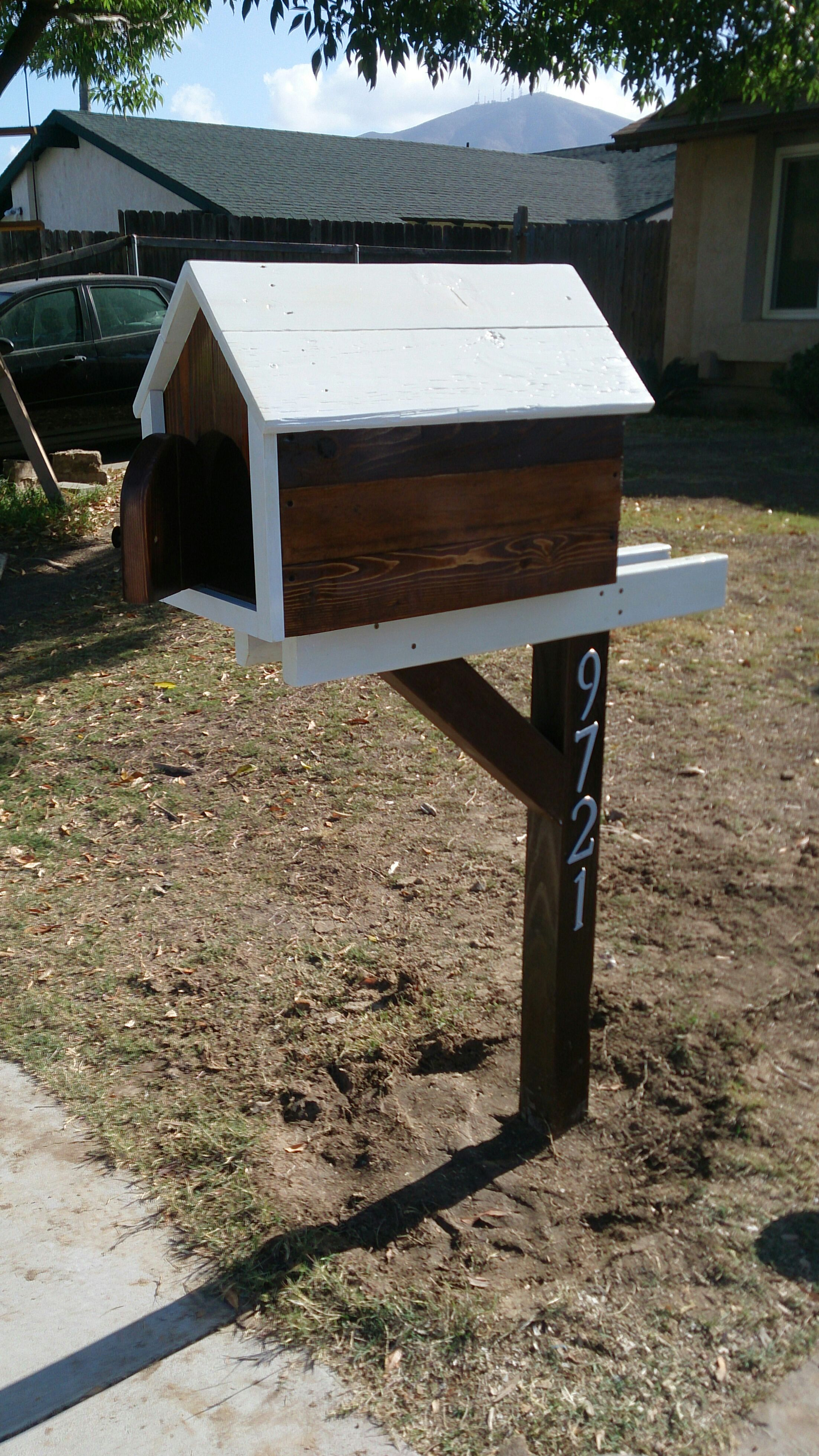 How To Build A Pallet Mailbox 8 Steps With Pictures