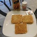 Quick Crispy Fried Ramen