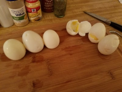 Prepping and Peeling the Eggs